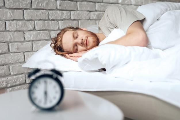 خواب منظم برای جلوگیری از ریزش مو