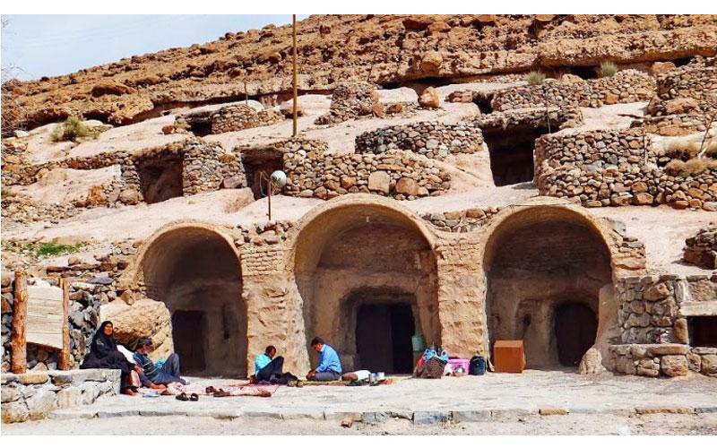 مجموعه غارهای مصنوعی بان مسیتی