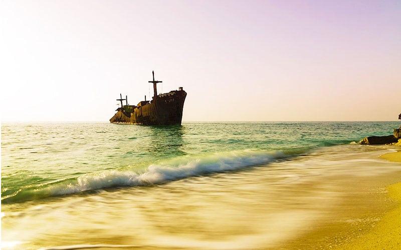 جاذبه ی دیدنی کشتی یونانی در کیش