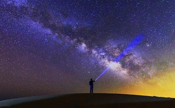 رصد آسمان شب در دل کویر مرنجاب