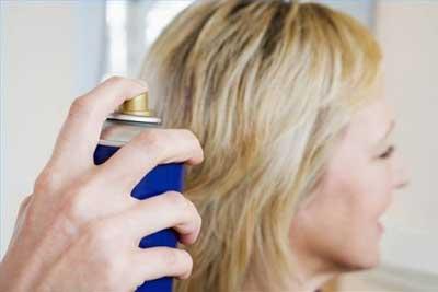 استفاده از شامپوی خشک برای آرایش سریع روزانه