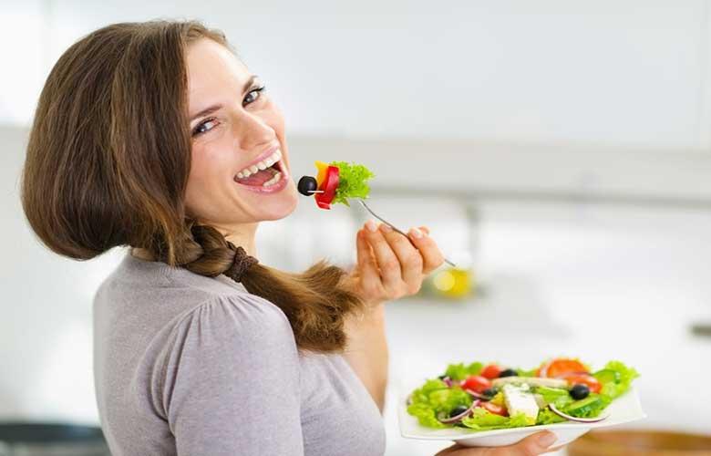 تاثیر تغذیه بر کاهش استرس ، خوردن سالاد و سبزیجات