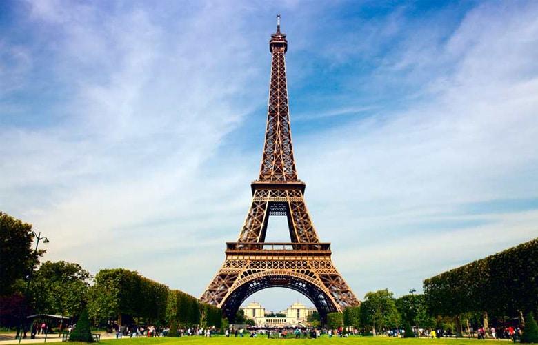 برج ایفل در پاریس