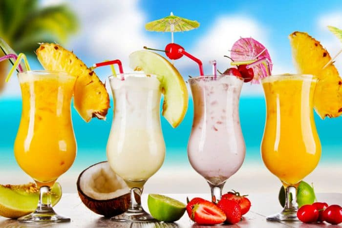 نوشیدنی خنک برای رفع عطش در روزهای گرم تابستان