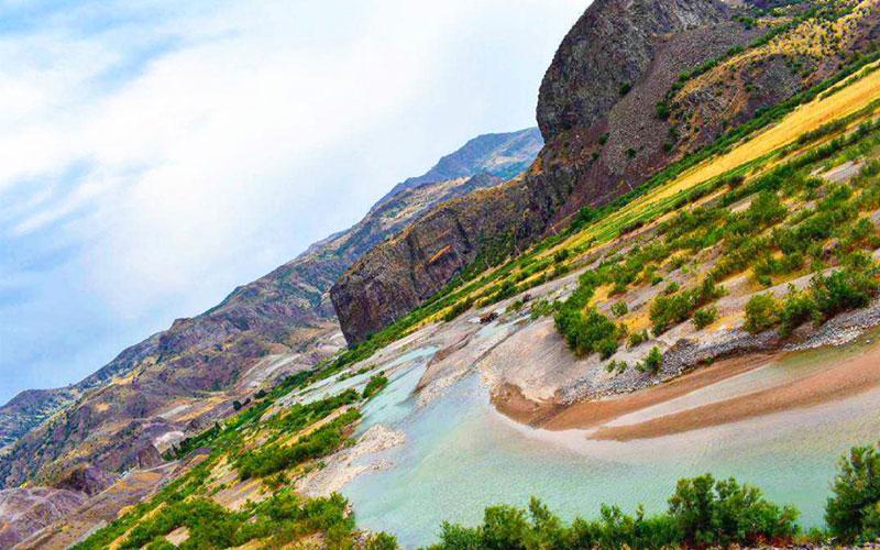 رودخانه قزل اوزن از جاهای دیدنی زنجان