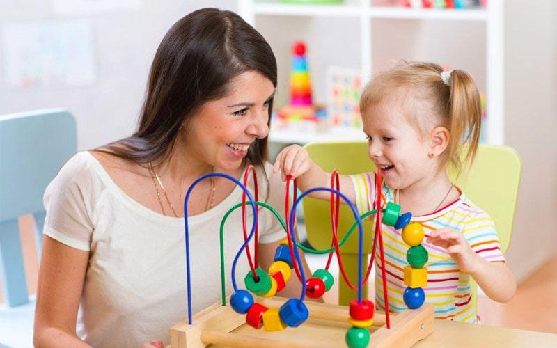 تمرکز روی تلاش فرزندتان برای بهتر شادبودن کودک