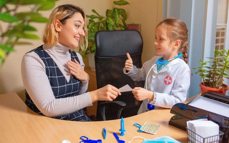 ارتباط و گفتگو با فرزند برای شادی کودک