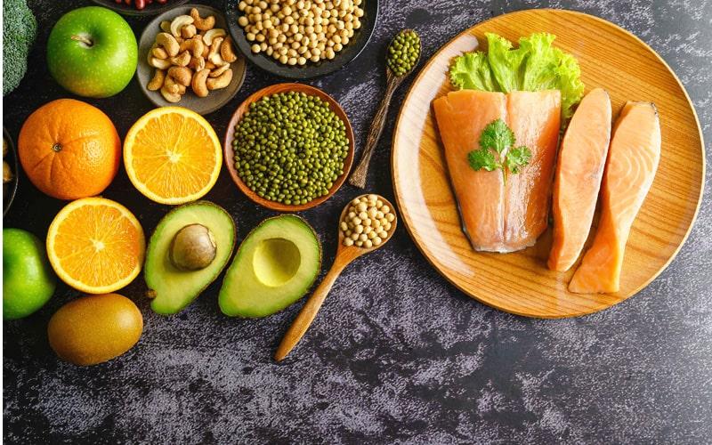 مصرف پروتئین و فیبر برای جلوگیری از پرخوری شبانه