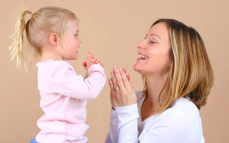 تکرار سخنان شما در آموزش حرف شنوی کودکان