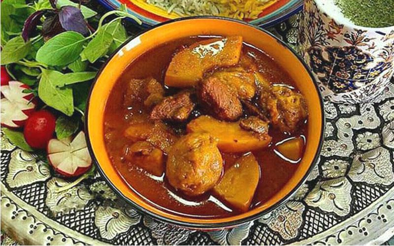 خورش به آلو از غذاهای خوشمزه ایرانی