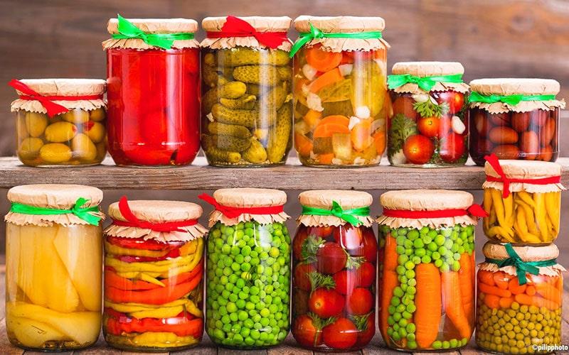 ترشی از غذاهای تابستانی