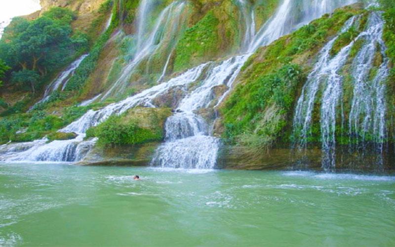 آبشار اسکندر تبریز از جاهای دیدنی تبریز